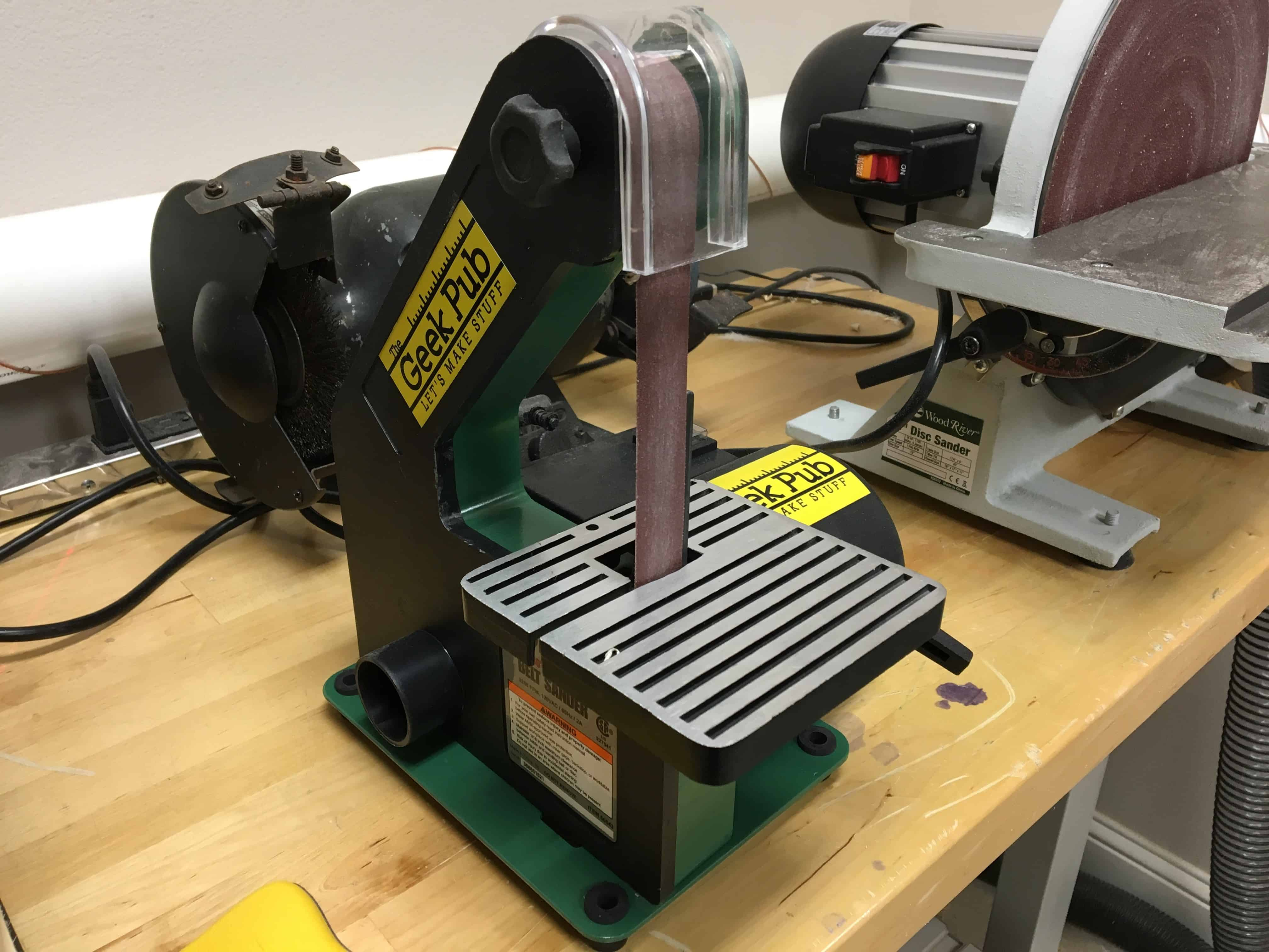 Shop Tour Grizzly H3140 Harbor Freight Central Machinery 1x30 Belt