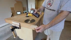 Make a Throwing Star from a Saw Blade 0002