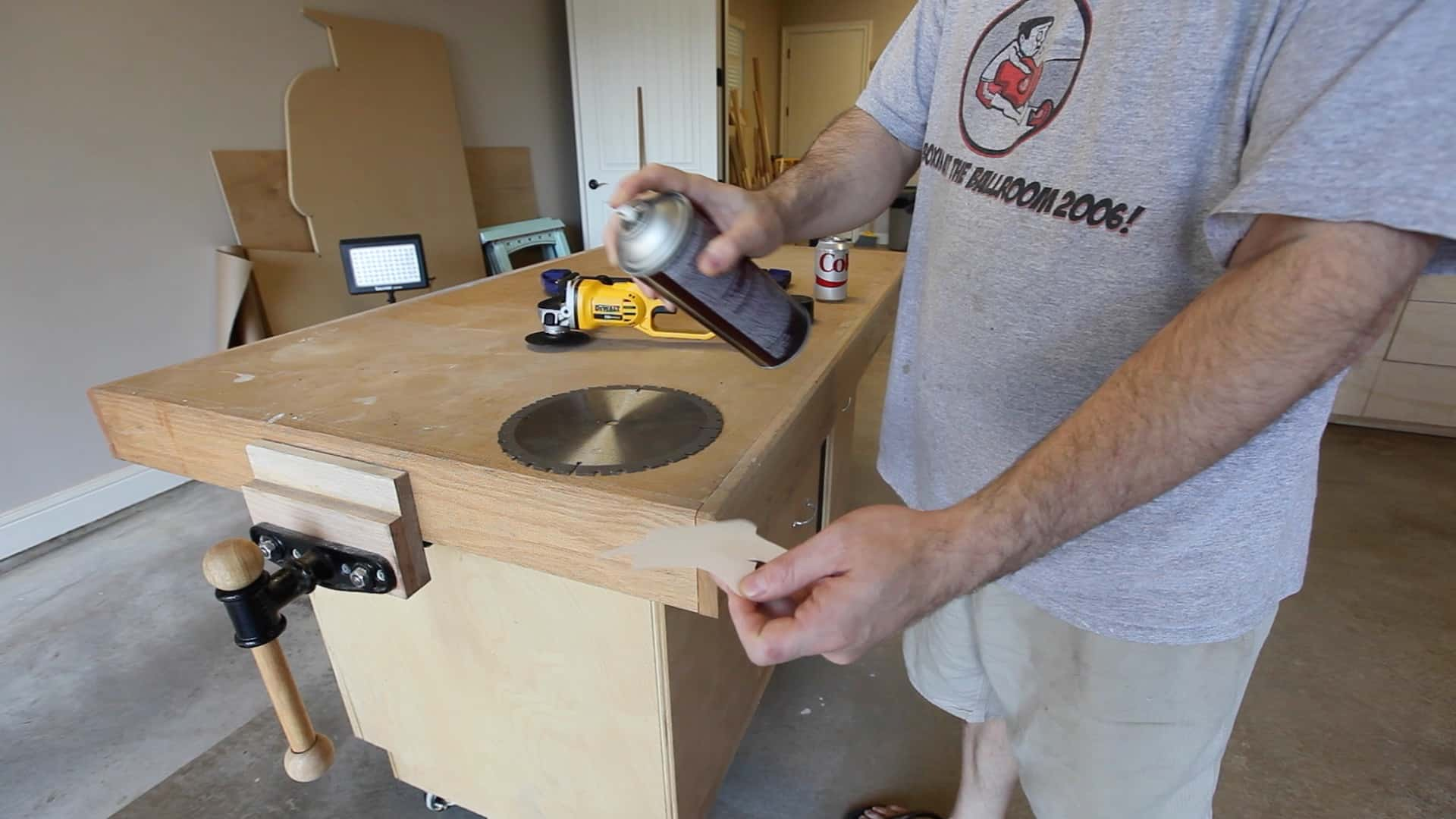 Make A Throwing Star From Saw Blade 0002