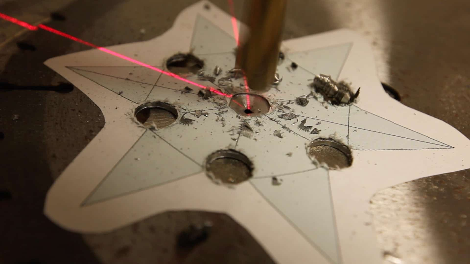 Make A Throwing Star From Saw Blade 0005
