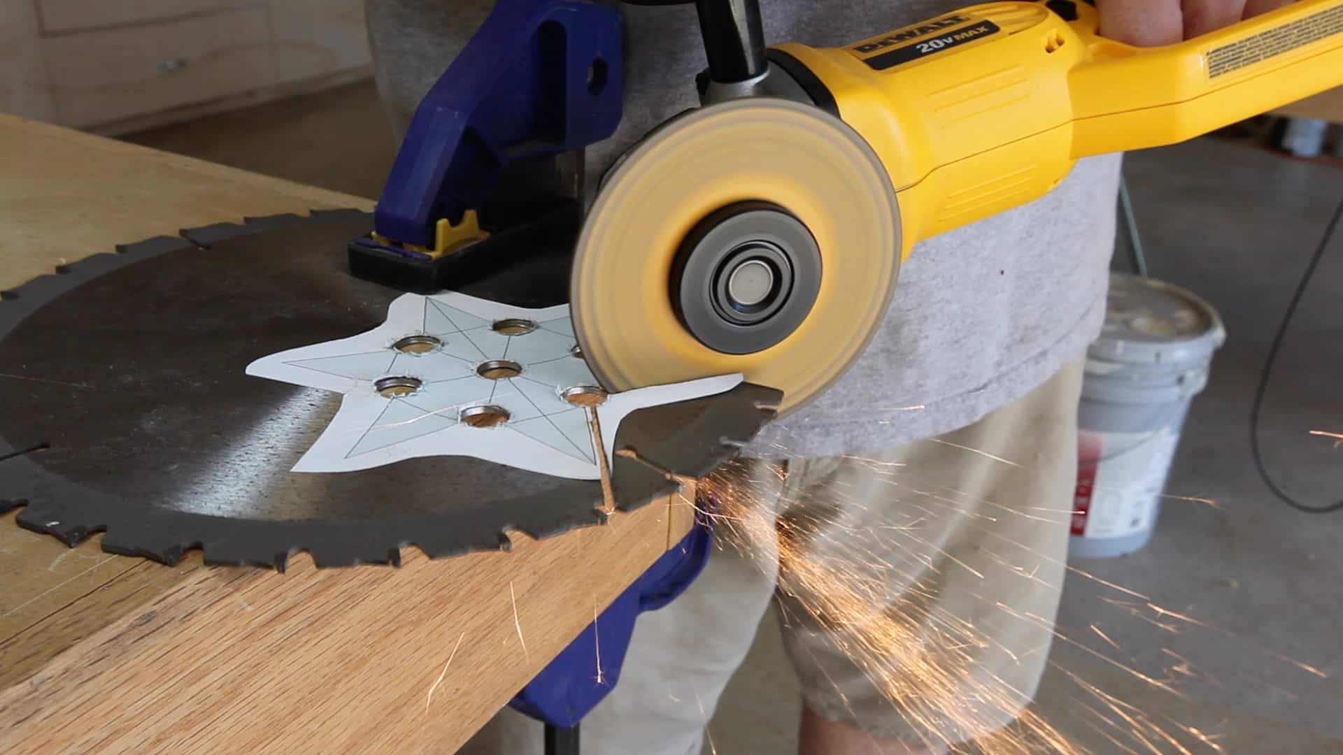 Make A Throwing Star From Saw Blade 0009