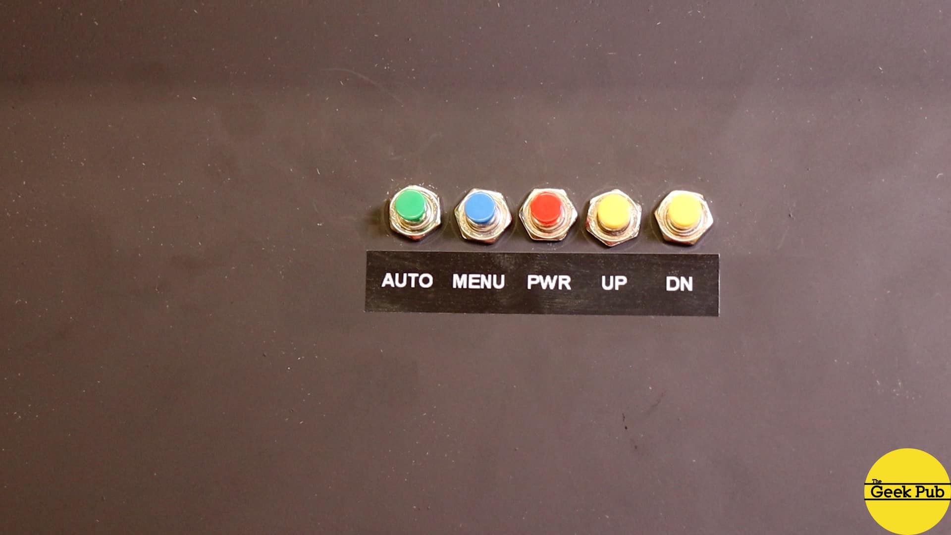 extending the monitor buttons