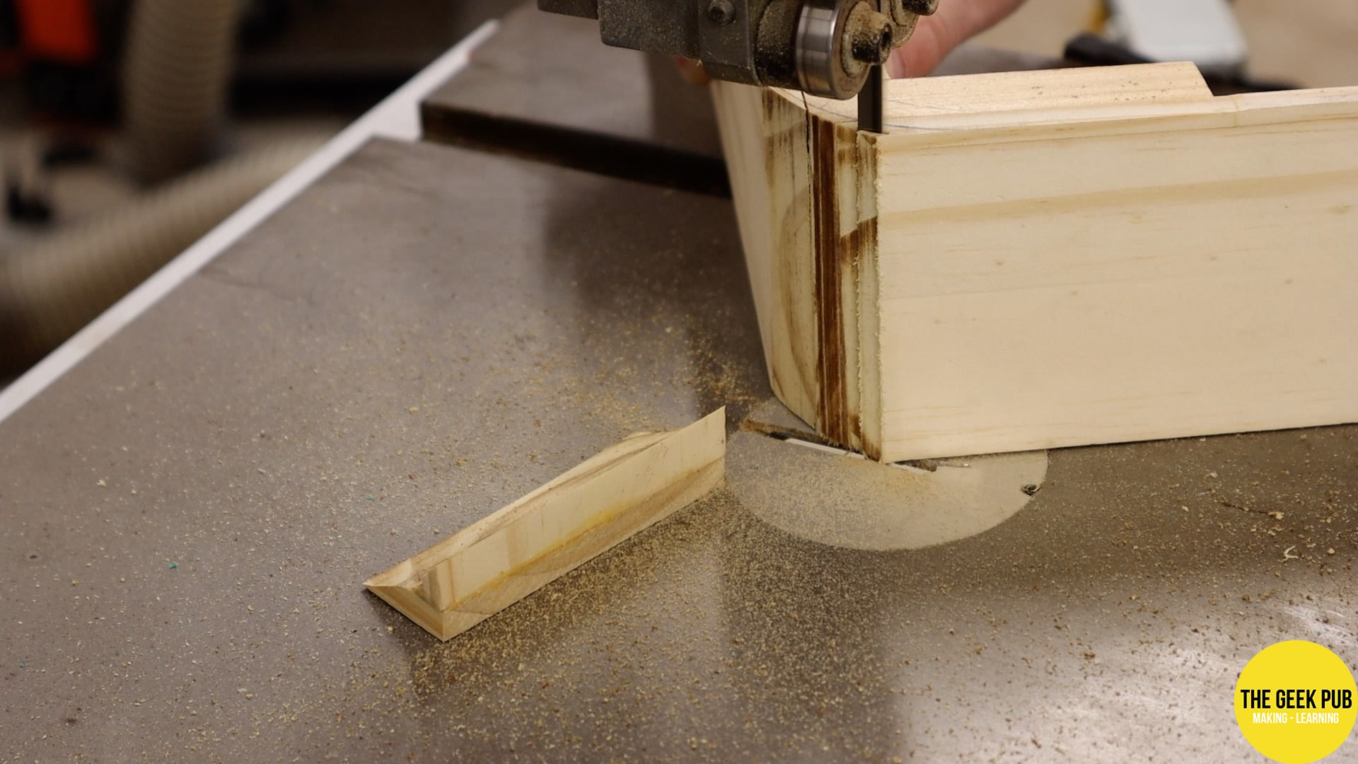 cutting the rounded corners on the bandsaw