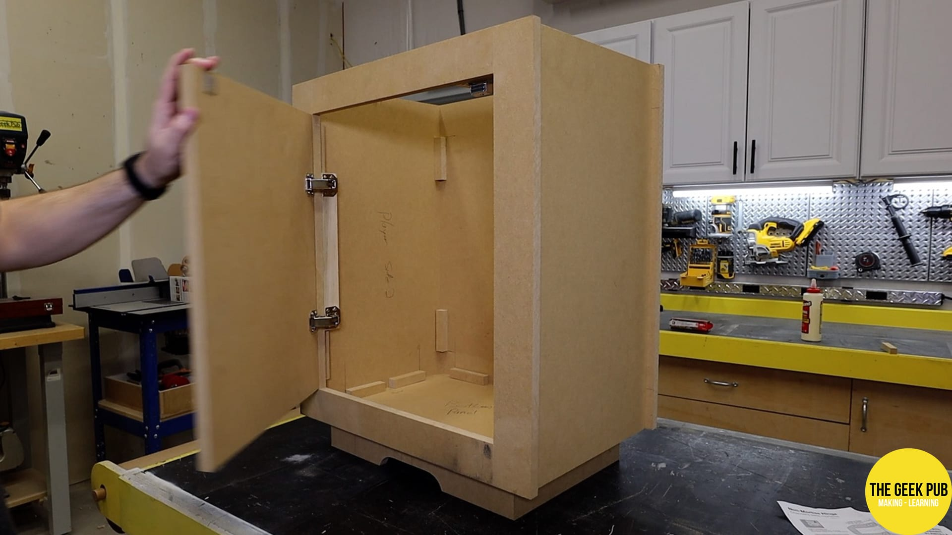 Assembled Cocktail Table Arcade Cabinet Base